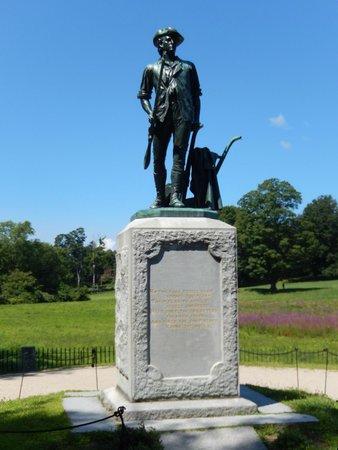 North Bridge: Minuteman Statue with Emerson's poem 8/8/2014
