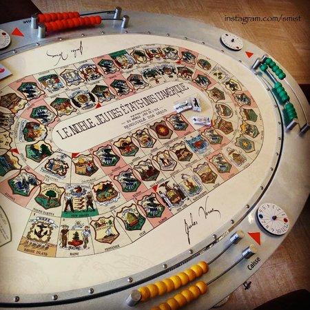 Musée Jules Verne de Nantes : Some kind of game.