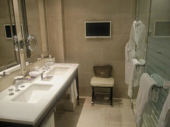 The Ritz-Carlton, Montreal: Bathroom