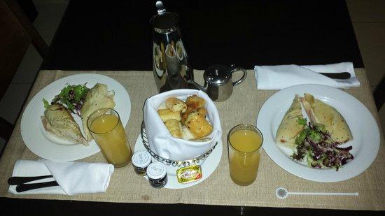Luxury Bahia Principe Sian Ka'an Don Pablo Collection: Desayuno en la habitación