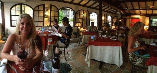 La Villa Restaurant: View of the main room