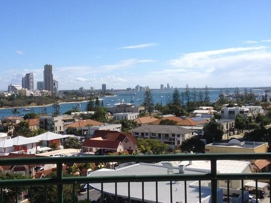 The Meriton on Main Beach : the view from the kitchen