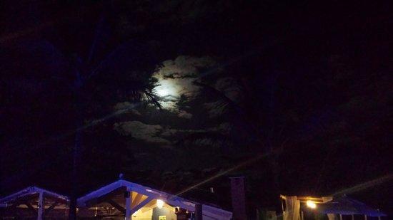 Aquarela Praia: Tivemos uma vista da lua show