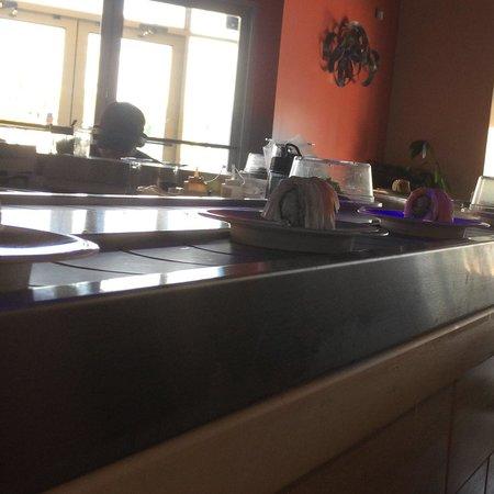 Sushi Densha: Conveyor belt running at 2pm. Best place ever!