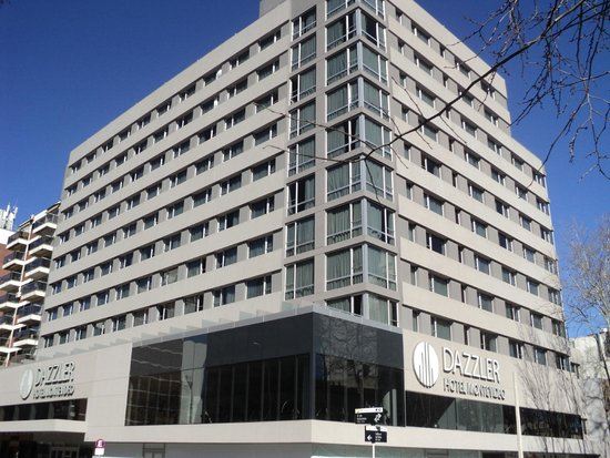 Dazzler Montevideo: vista del hotel