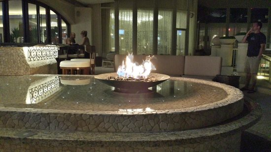 InterContinental San Juan: Fire Pit at the outdoor bar