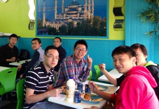 Uni Kebab : Happy customers