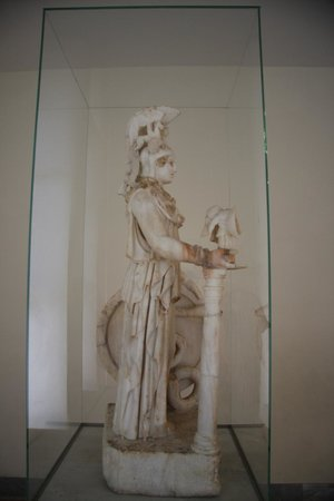 National Archaeological Museum: Statue of Athena