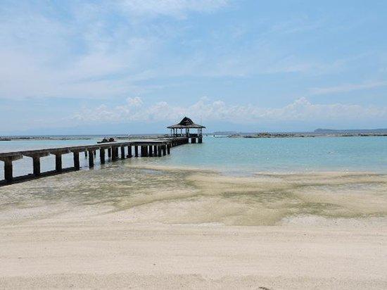 Secdea Beach Resort: beach