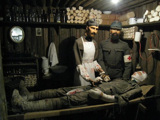 Kötschach-Mauthen, Austria: Field hospital recreation