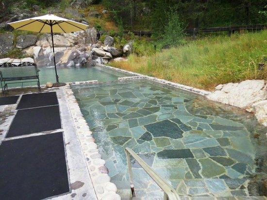 Gold Fork Hot Springs : Hot here!