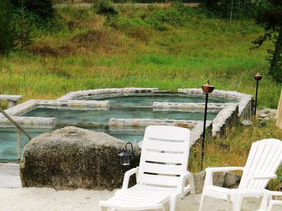 Gold Fork Hot Springs : The lower pools