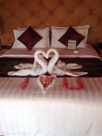 Bali Dynasty Resort Hotel: Tent villa
