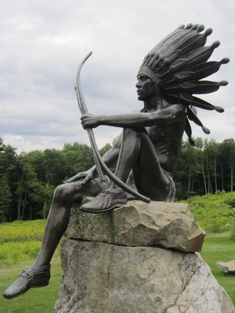 Fruitlands Museum : Sculpture