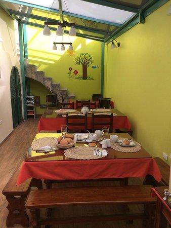 Posada Tambuca: breakfast area