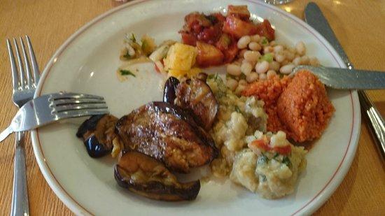 Hotel Grand Ozcelik: Кормят неплохо, правда, иногда мясных блюд не хватает