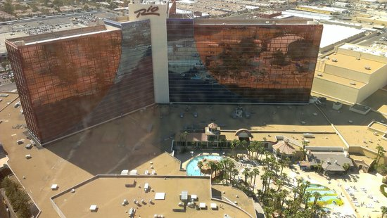 Rio All-Suite Hotel & Casino: View from room (day)
