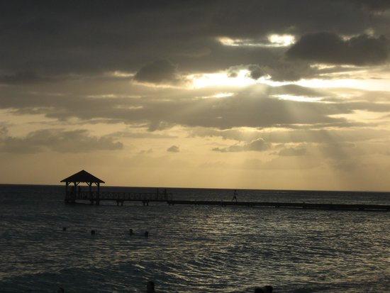 Catalonia Gran Dominicus: cloudy sunset
