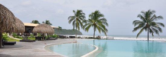 Playa Venao Hotel Resort: Pool deck