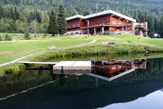 Canadian Mountain Holidays: bobby burns lodge