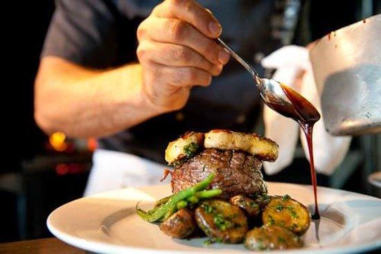 La Forge Bistro-Bar & Grill: Steak Grill La Forge