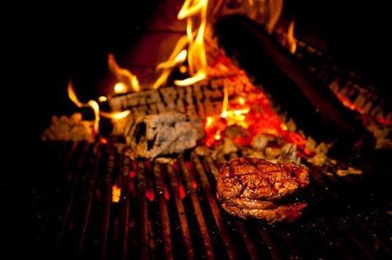 La Forge Bistro-Bar & Grill: Steak on the grill