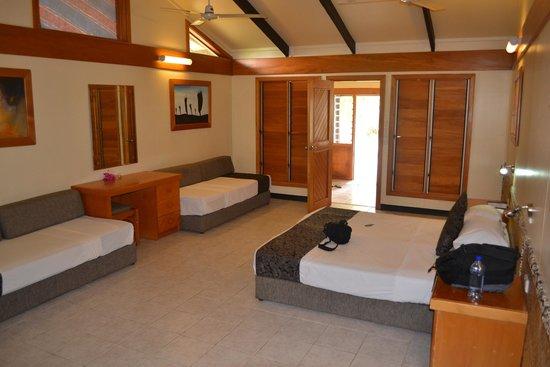 Plantation Island Resort : Large rooms