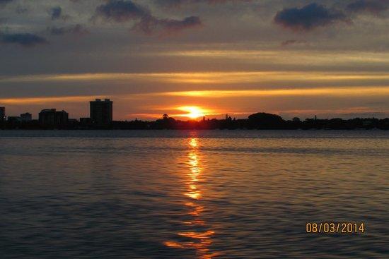 Casa del Mar Beach Resort: Beautiful Sunset