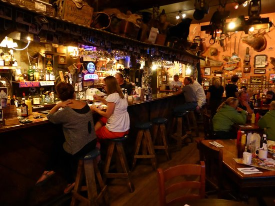 Handlebars Restaurant & Saloon: Bar at Handlebars.