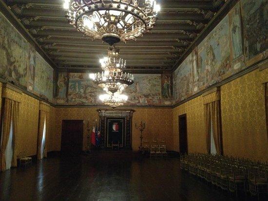 Grandmaster's Palace : x