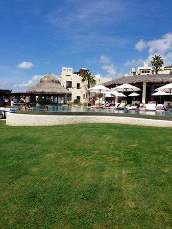 Las Ventanas al Paraiso, A Rosewood Resort: piscina...