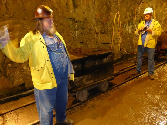 Old Hundred Gold Mine Tour: Guide with antique portable underground toilet - little used!