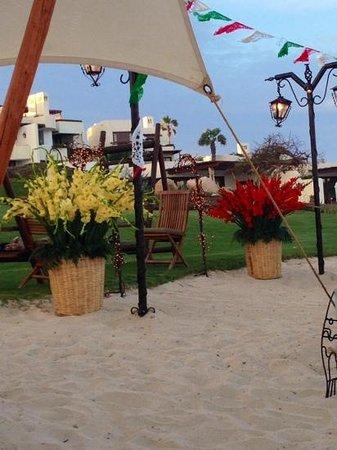 Las Ventanas al Paraiso, A Rosewood Resort: serata in spiaggia