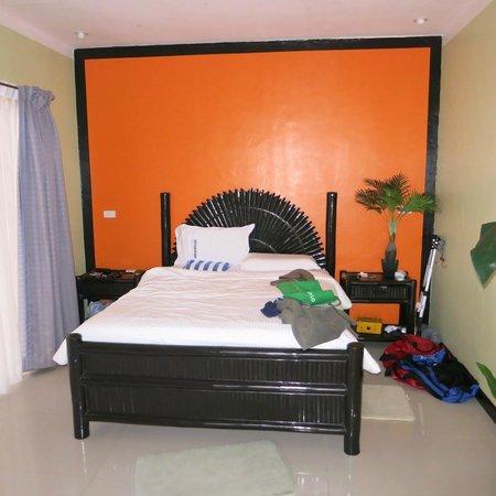 Malapascua Exotic Island Dive & Beach Resort : Very comfy bed