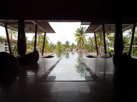 SENTIDO Graceland Khao Lak Resort & Spa: лоби