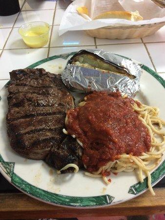 Pinson, AL: Very large 10oz steak