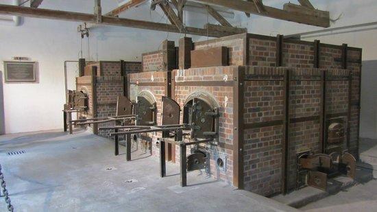 KZ-Gedenkstätte Dachau: Ovens.