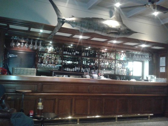 Duke of Marlborough Hotel: The Bar