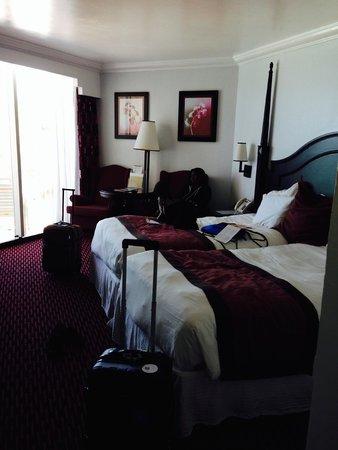 Hotel Riu Palace Paradise Island: bed