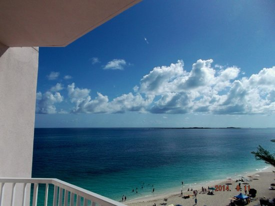 Hotel Riu Palace Paradise Island: balcony view