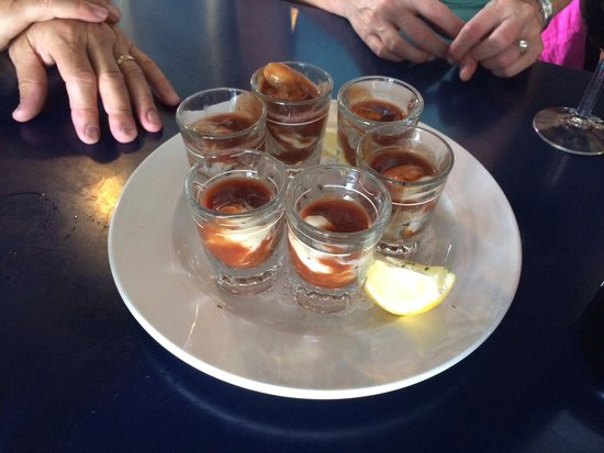 Blue Water Bar & Grill: Oyster shooters.