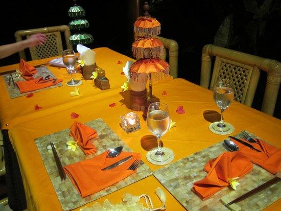 Yone Village Villas: Dining