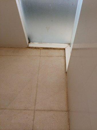 Solaris Hotel Kuta: Toilet