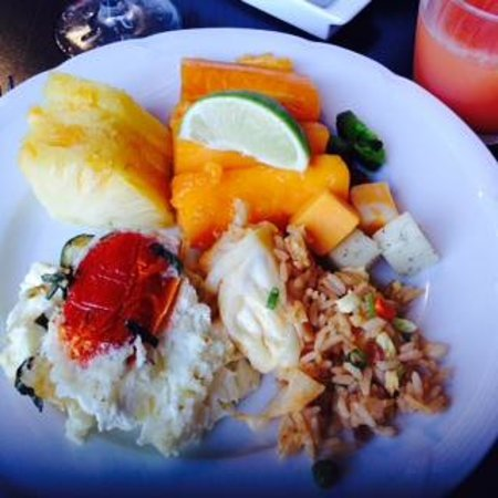 Hyatt Regency Maui Resort and Spa: Breakfast Buffet Sample from Swans Court