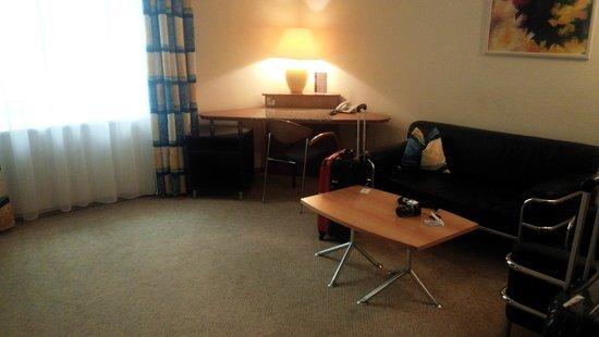 Starlight Suiten Hotel Renngasse: 広いリビング