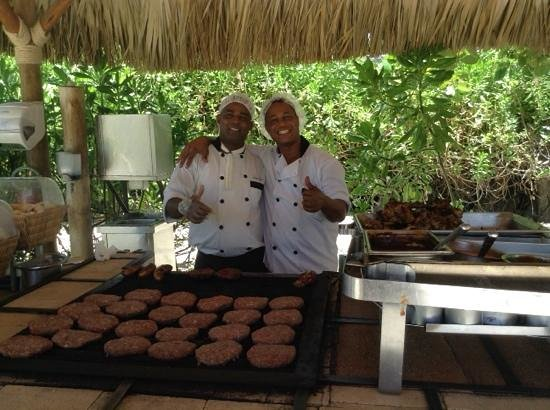Secrets Royal Beach Punta Cana: the grill chefs...excellent grilled chicken that we looked forward to every day for lunch on the