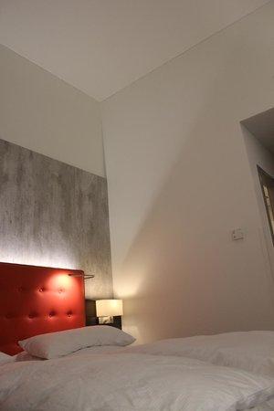 Novum Select Hotel Berlin The Wall: Excelente hotel!
