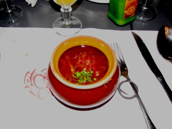 Sadko : Hot Borsch soup