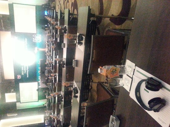 JW Marriott Hotel Hanoi: conference room