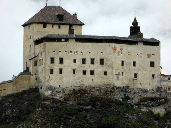 Schloss Tarasp: Beeindruckend !